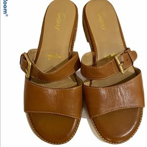 Trotters brown leather sandals women's 9